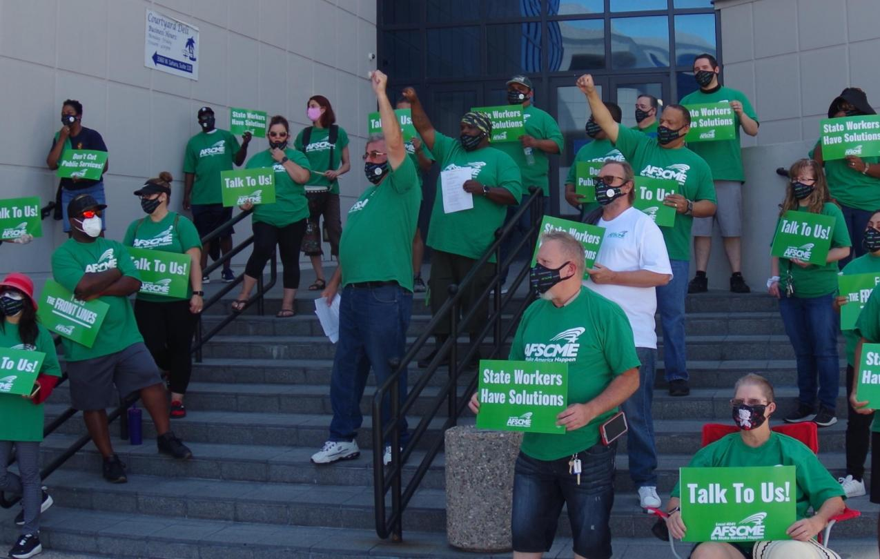 AFSCME Local 4041 members at a rally in Las Vegas